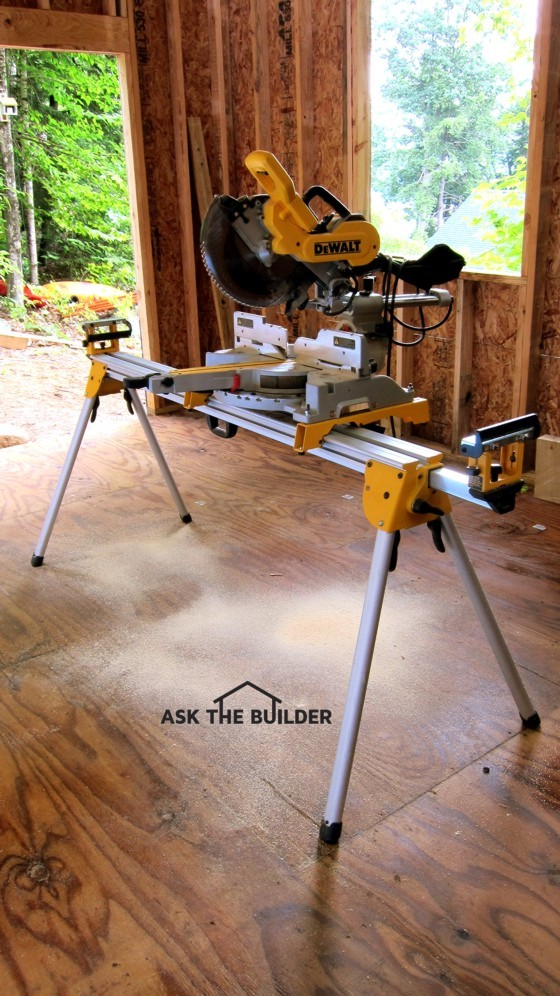 This is the ultimate saw stand. It beats out setting saws on garbage cans and makeshift platforms. Photo Credit: Tim Carter