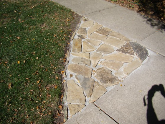 The small loose stones between the pieces of rock can cause a mess. Photo Credit: Ron Bergnal, Chicago, IL