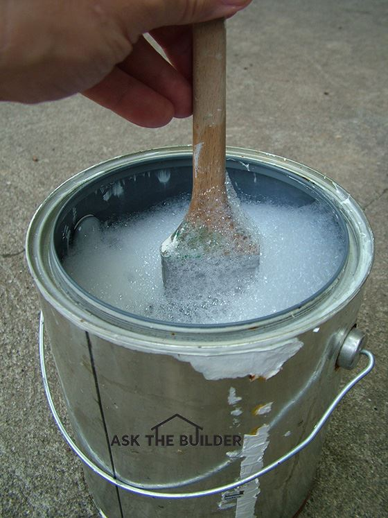 cleaning paint brush