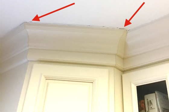 Crown Molding Gap At Ceiling Fix With Caulk Avoid With Ceiling Nailsask The Builder