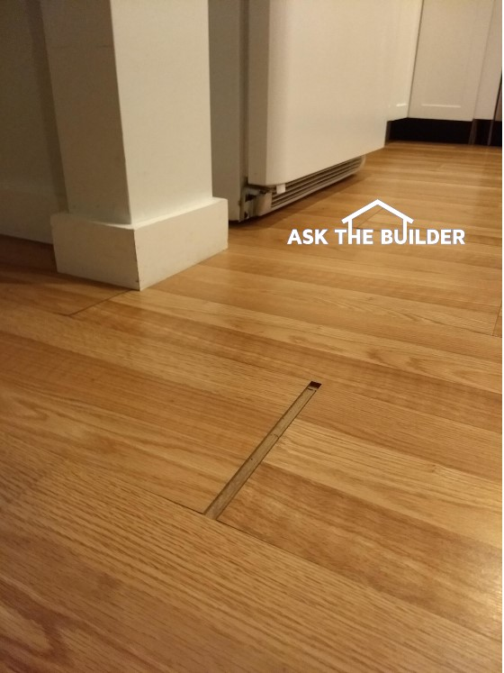 laminate floor gap
