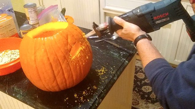 pumpkin carving saw