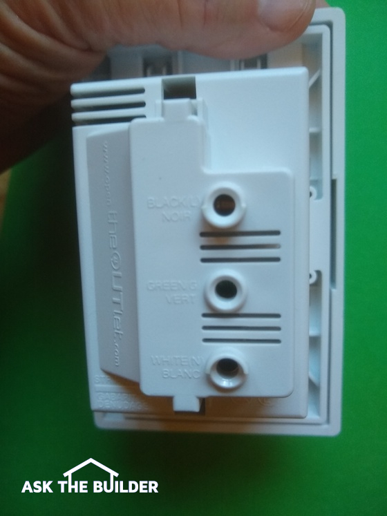 theoutlet rear